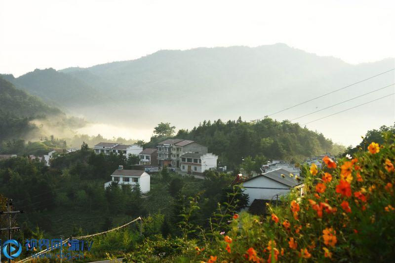美丽的红椿土家族乡石门村。王忠虎 摄