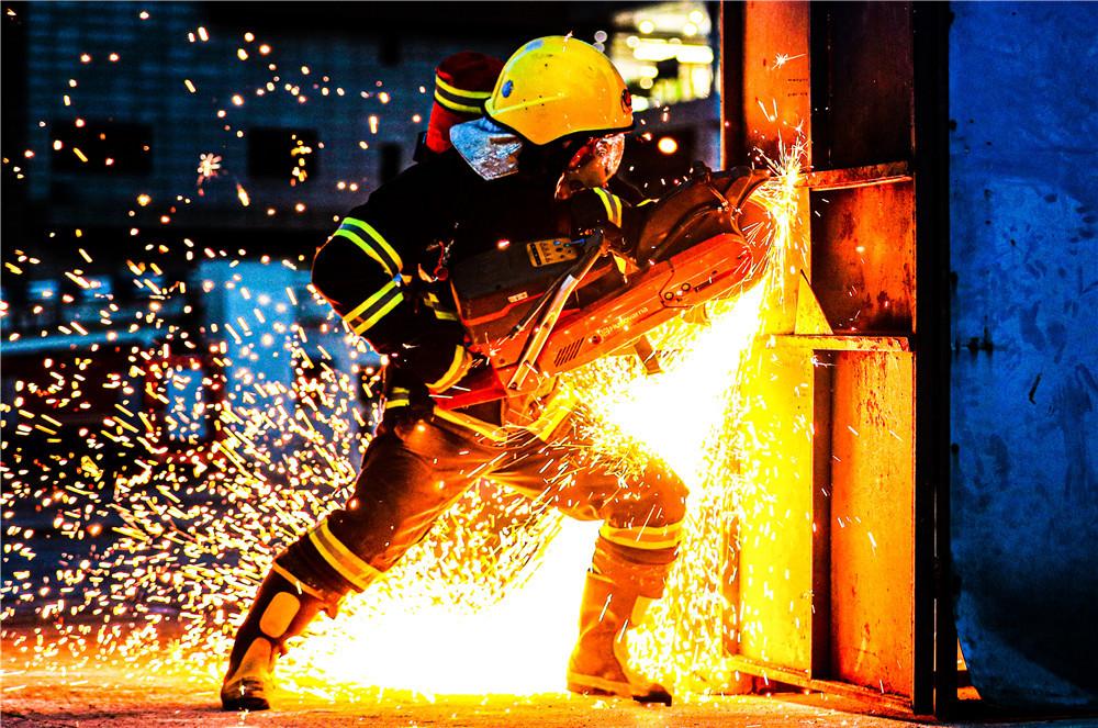 重庆大渡口:消防指战员的一天