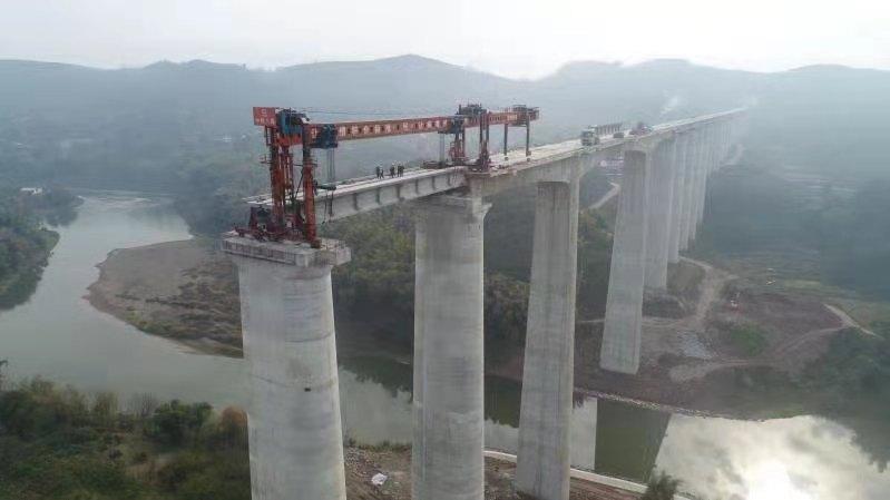 重庆铁路枢纽东环线:节后复工架梁工作启动