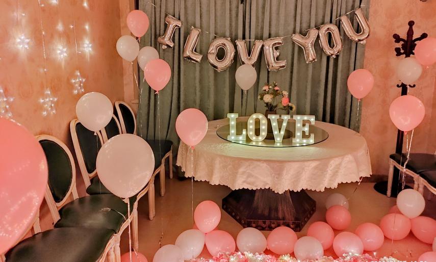 餐厅惊喜求婚 圆你一个粉色公主梦