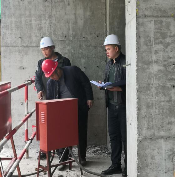 南宾街道开展在建项目防汛安全检查
