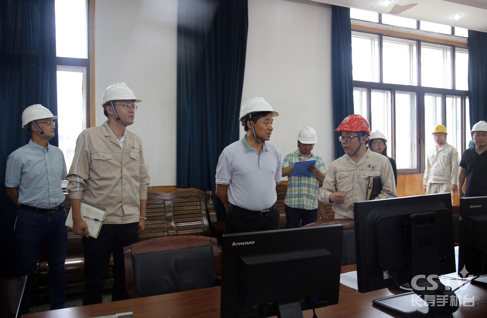 区领导带队检查安全生产工作2 (复制).jpg