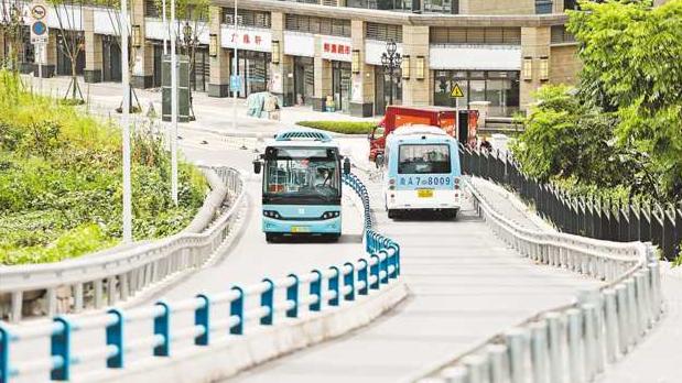 """中心城区年内将开行10条""""小巷公交"""""""