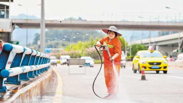 重庆:战高温